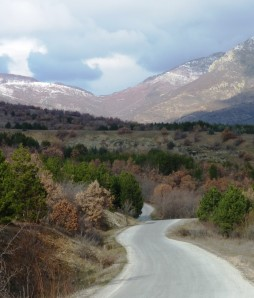 Chaska, Macedonia 2013 Mountain Road